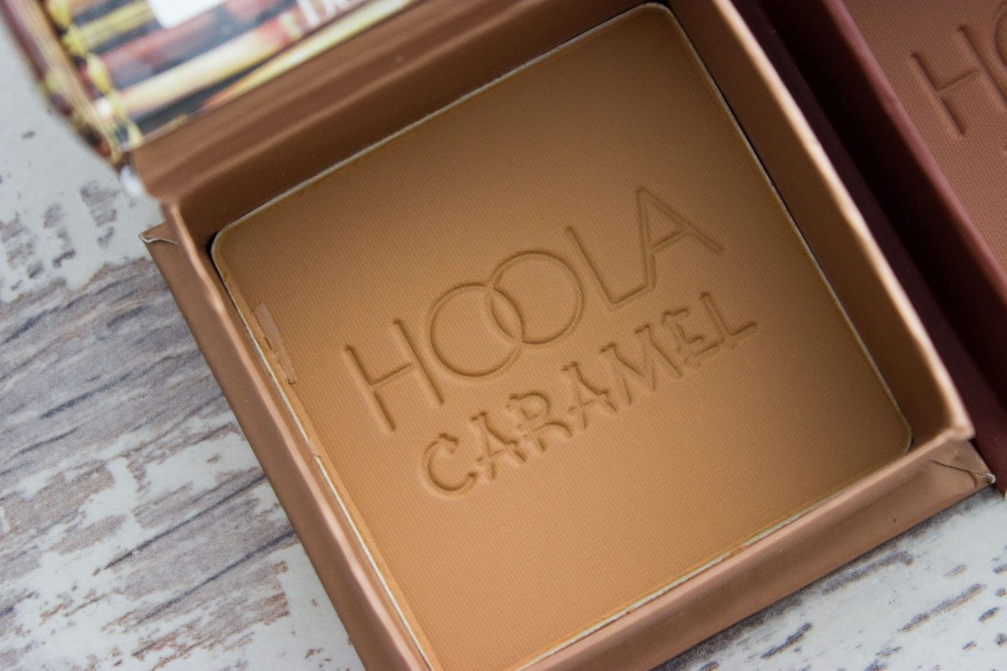 Benefit Hoola Bronzer Caramel Toasted UK Review Dark Skin Swatches