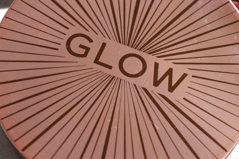 Revolution Splendour Glow Bronzer Medium Dark dosblog